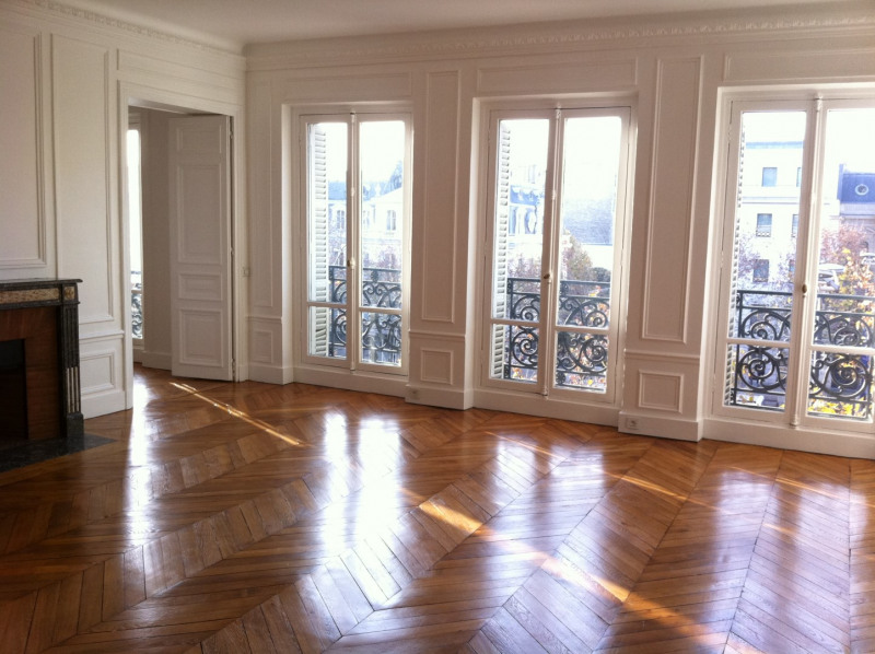 Rental apartment Paris 8ème 4 499€ CC - Picture 1