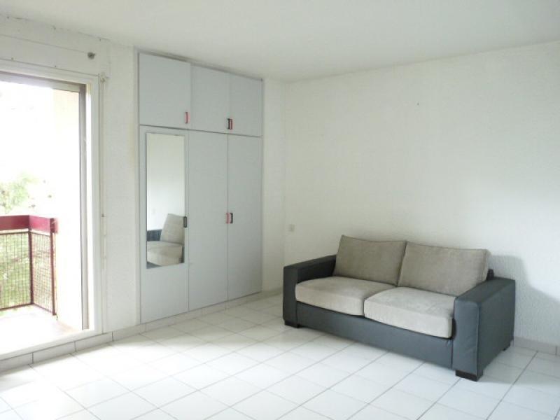 Rental apartment Aix en provence 597€ CC - Picture 1