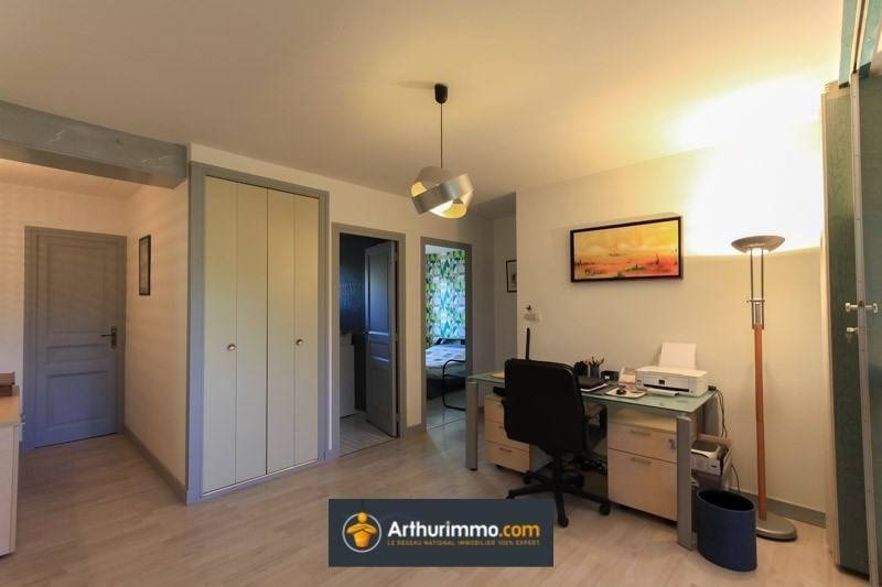 Sale house / villa Bron 425000€ - Picture 3