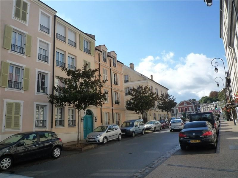 Location appartement Le port marly 860€ CC - Photo 1