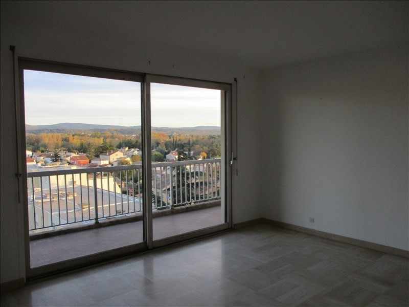 Rental apartment Montelimar 752€ CC - Picture 2