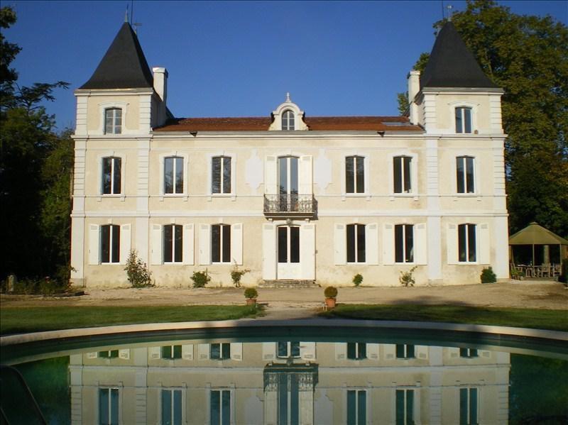 Deluxe sale house / villa Laplume 850000€ - Picture 1