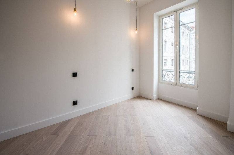 Vente appartement Nice 265 000€ - Photo 2