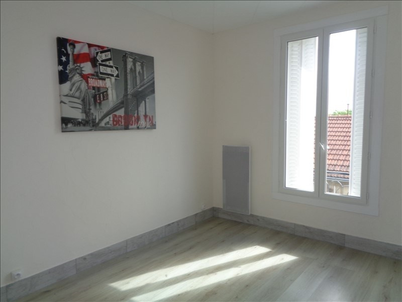 Location appartement Villeneuve le roi 750€ CC - Photo 1