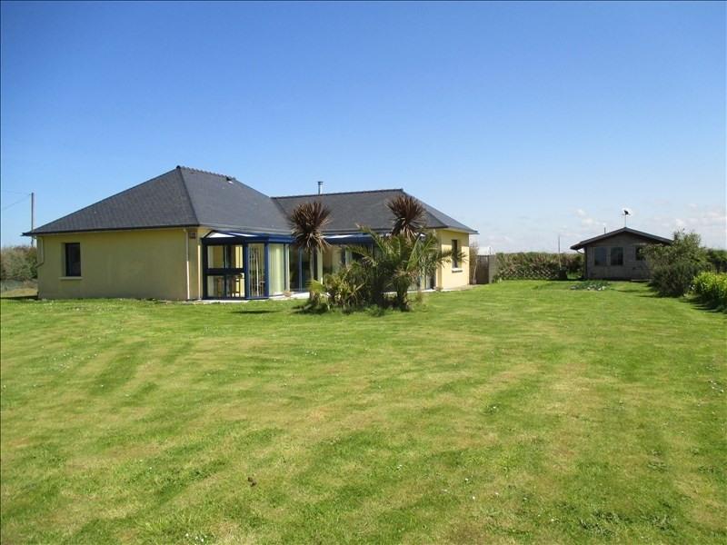 Sale house / villa Lannilis 247500€ - Picture 1