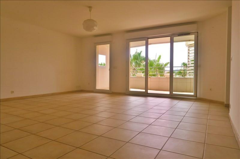 Sale apartment Aix en provence 359000€ - Picture 2