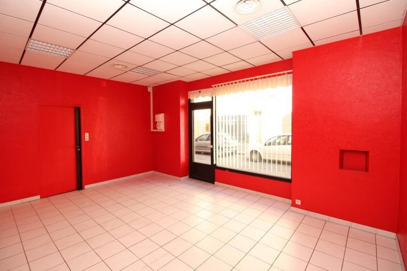 Rental empty room/storage Salon de provence 520€ +CH/ HT - Picture 2