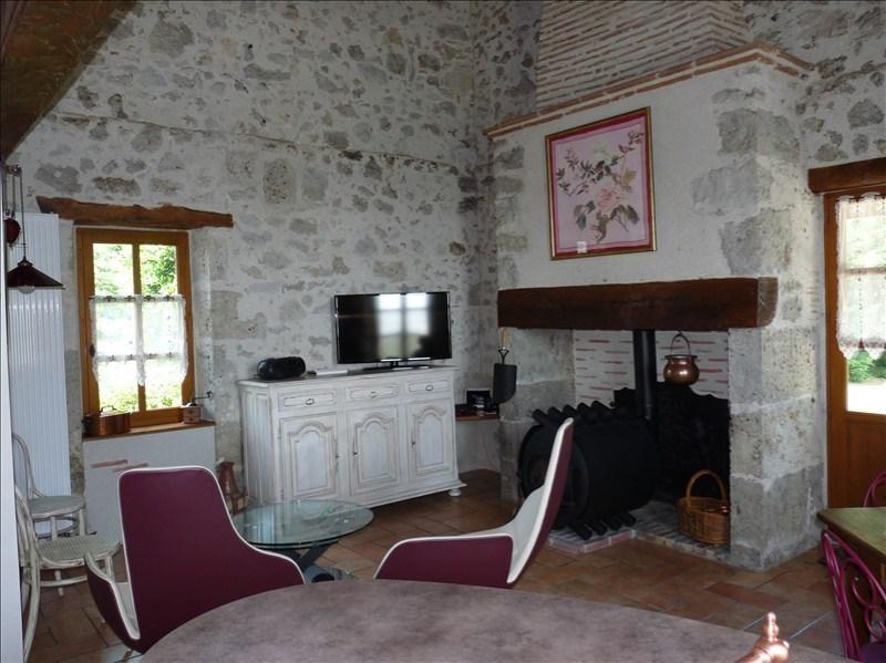 Deluxe sale house / villa Prayssas 341250€ - Picture 4