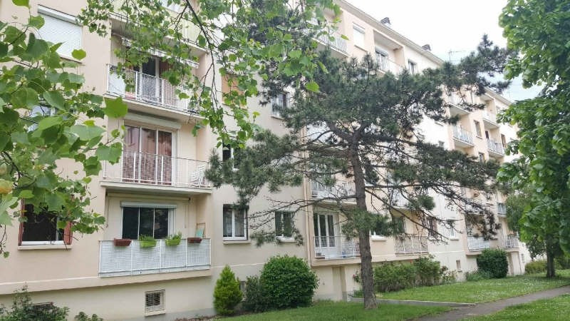 Rental apartment Conflans ste honorine 750€ CC - Picture 1