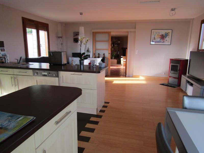 Sale house / villa Chambly pr... 237000€ - Picture 2