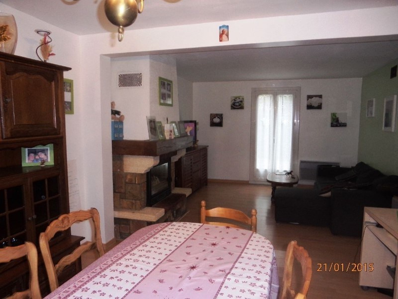 Sale house / villa Combs la ville 229 900€ - Picture 2