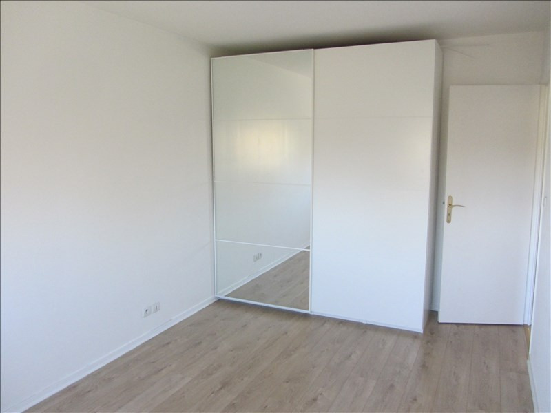 Sale apartment Osny 277000€ - Picture 3