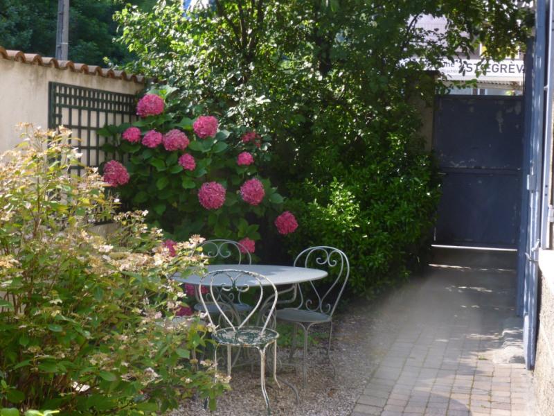 Sale house / villa Gieres 320000€ - Picture 1