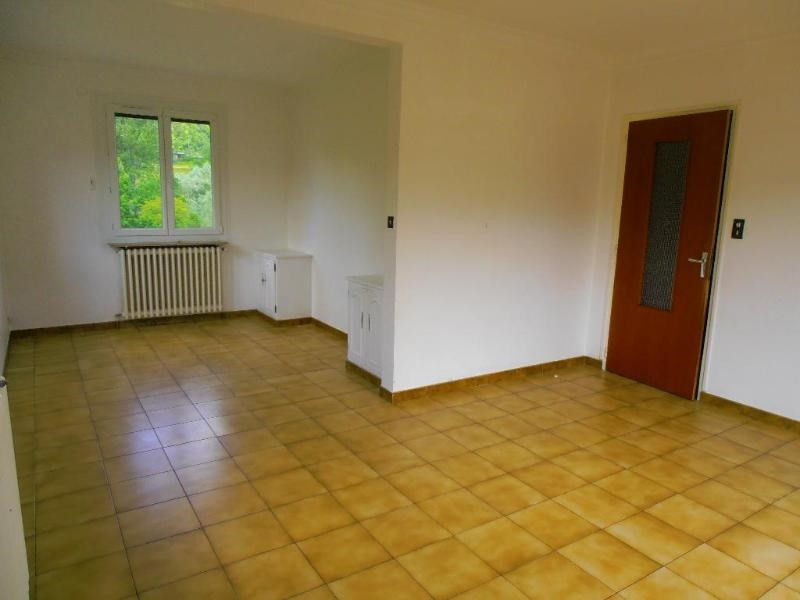 Location maison / villa Martignat 797€ CC - Photo 4
