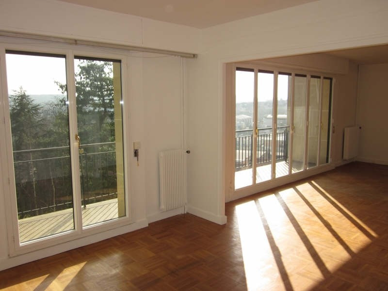 Rental apartment Chaville 1 670€ CC - Picture 1