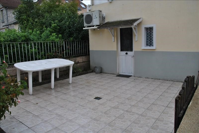Vente maison / villa Montereau fault yonne 192600€ - Photo 10