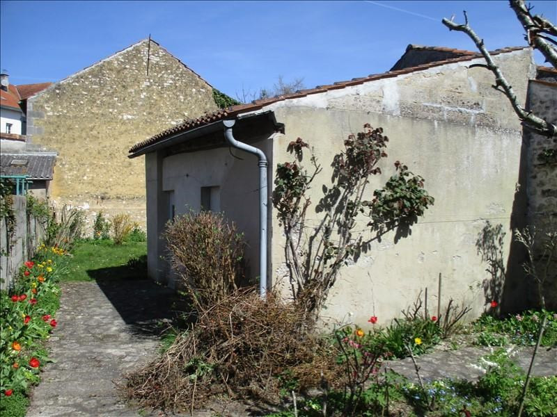 Rental house / villa St jean d angely 647€ CC - Picture 9