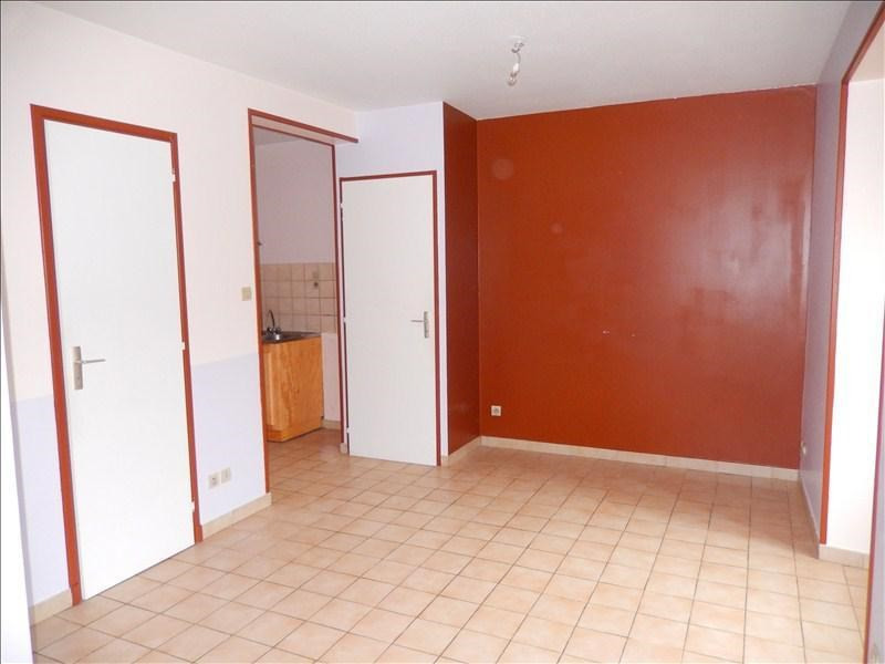 Location appartement Tence 221,75€ CC - Photo 2
