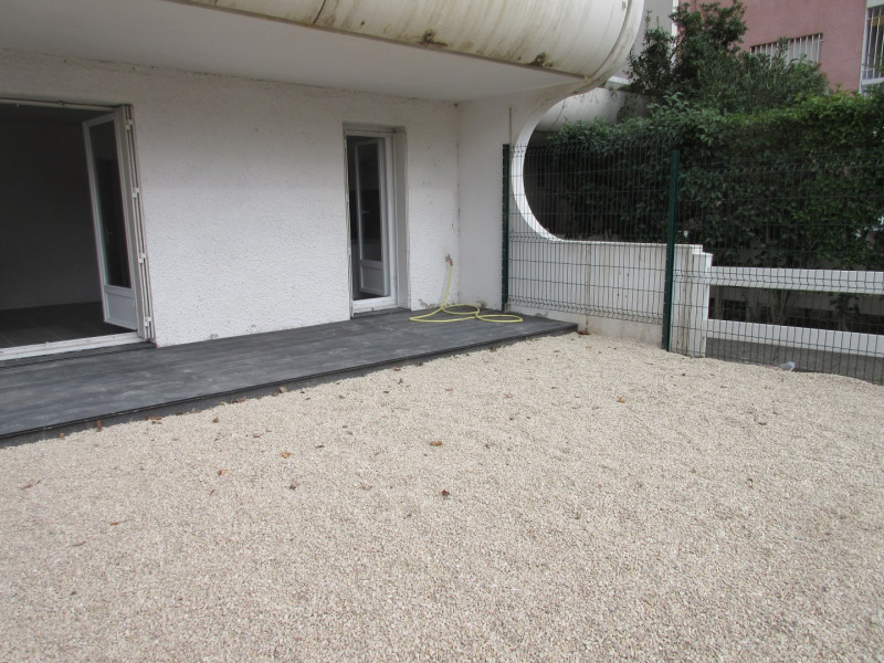 Verhuren  appartement Aix-en-provence 596€ CC - Foto 1