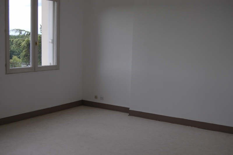 Rental apartment Athis mons 690€ CC - Picture 3