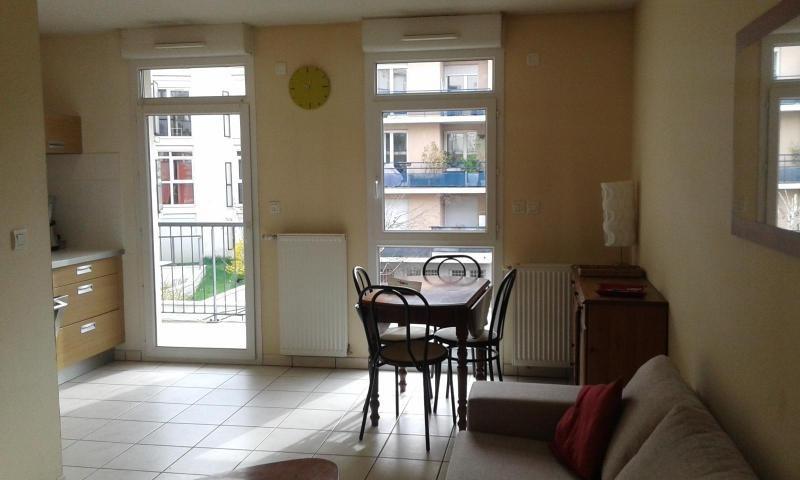 Location appartement Grenoble 817€ CC - Photo 2