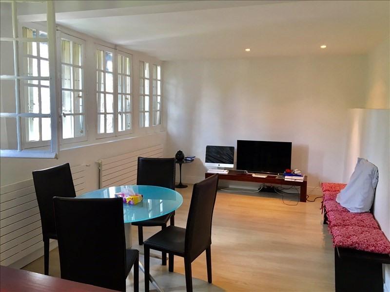 Location appartement Garches 990€ CC - Photo 1