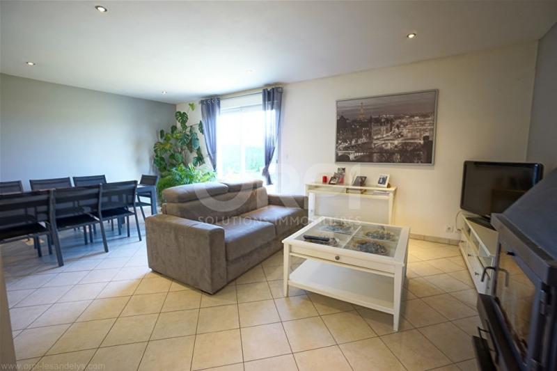 Sale house / villa Saint-clair-sur-epte 242000€ - Picture 2