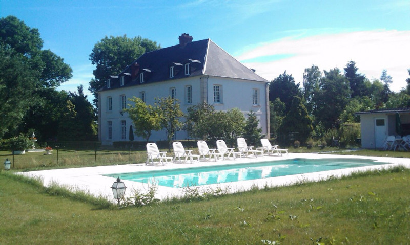 Deluxe sale house / villa Froissy 730 000€ - Picture 1