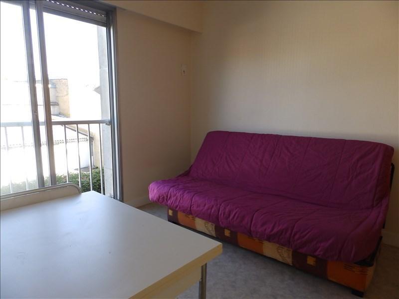 Location appartement Moulins 270€ CC - Photo 2