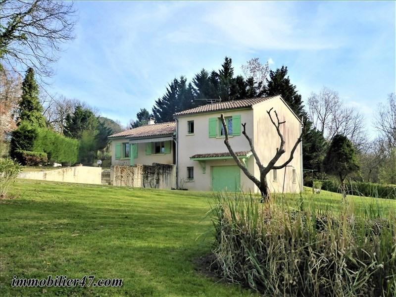Sale house / villa Montpezat 179900€ - Picture 1