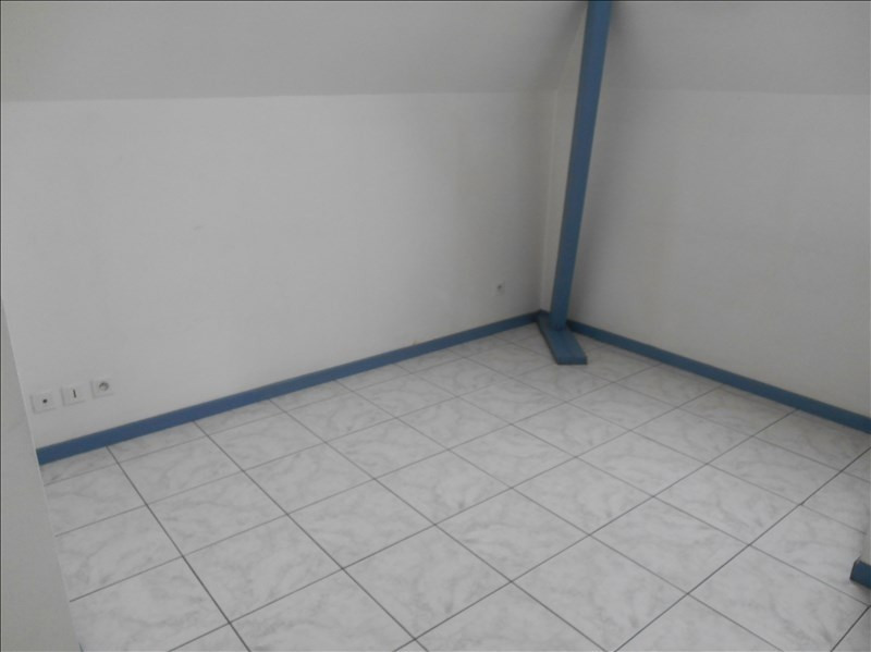 Location appartement 10000 450€ CC - Photo 4