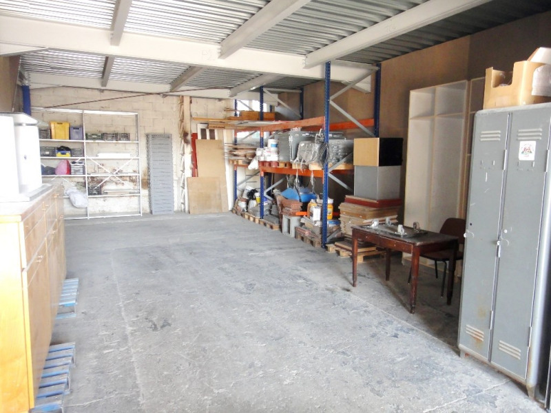 Location local commercial Bouc-bel-air 1 600€ HT/HC - Photo 3