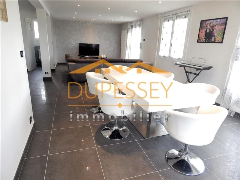 Investment property house / villa Chambery 440000€ - Picture 1