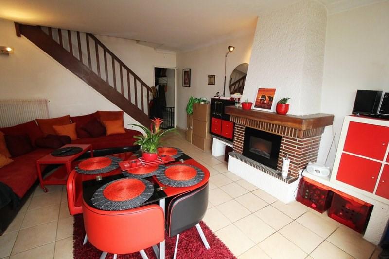 Location maison / villa Maurepas 1145€ CC - Photo 1
