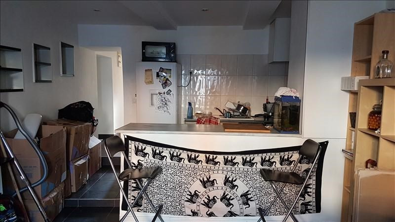 Rental apartment Salon de provence 666€ CC - Picture 2