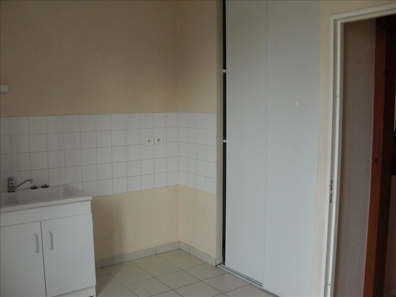 Location appartement Poitiers 610€ CC - Photo 3