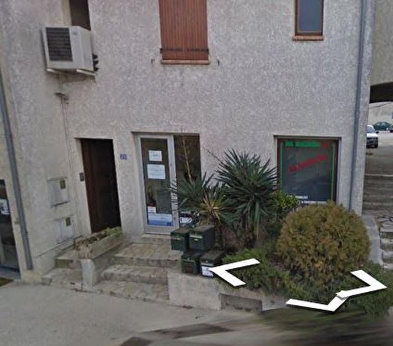 Location bureau Meynes 400€ CC - Photo 1