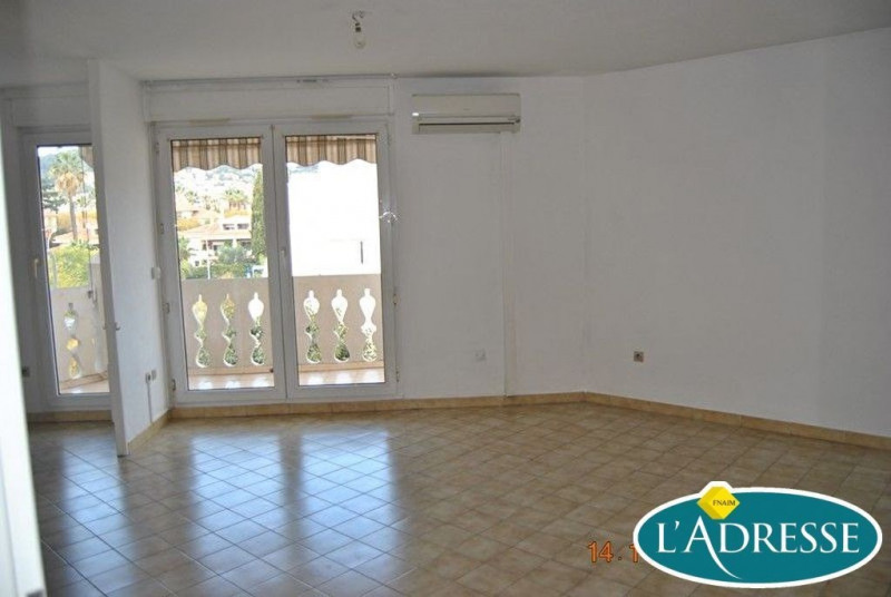 Investment property apartment Hyeres 92 500€ - Picture 8