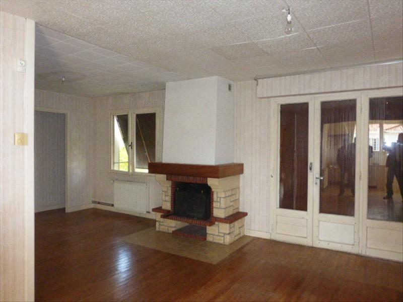 Sale house / villa St porchaire 104500€ - Picture 2