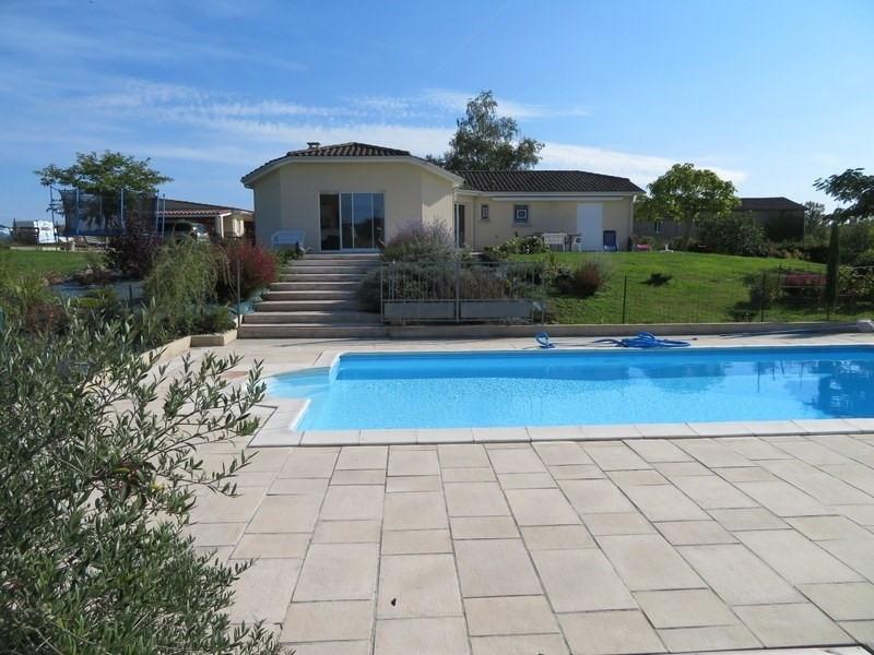 Sale house / villa Villefranche de lonchat 265000€ - Picture 1