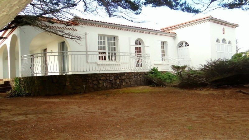 Deluxe sale house / villa La tranche sur mer 875000€ - Picture 1