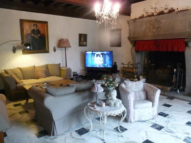 Location maison / villa Fontaines st martin 1650€ CC - Photo 4