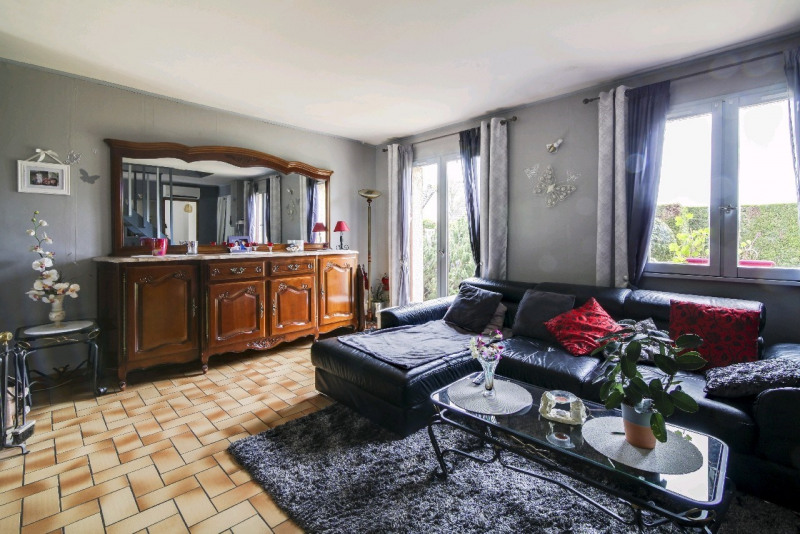 Sale house / villa Neuilly en thelle 245000€ - Picture 6