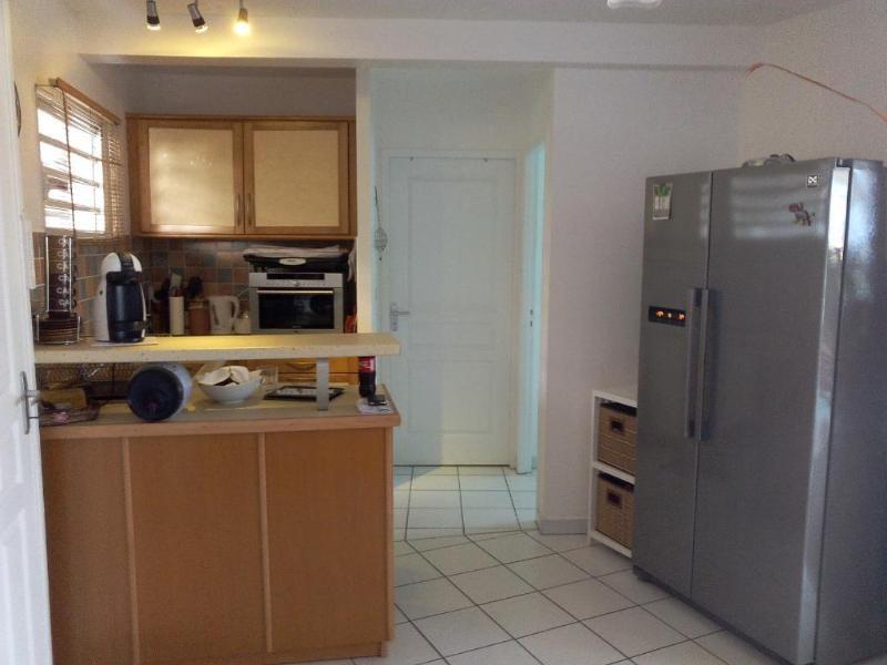 Location appartement Les trois ilets 1190€ CC - Photo 5
