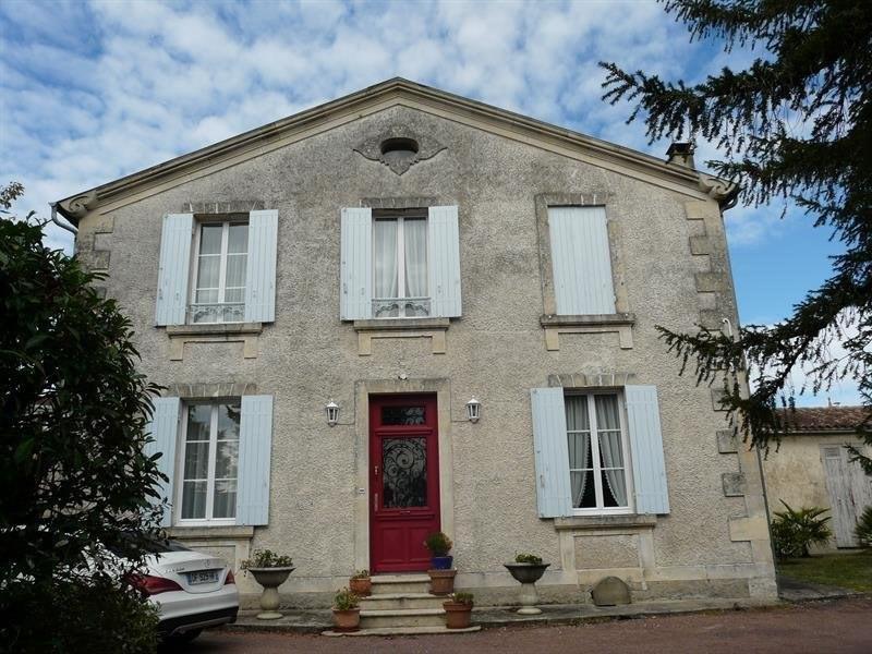 Sale house / villa Montendre 325500€ - Picture 2