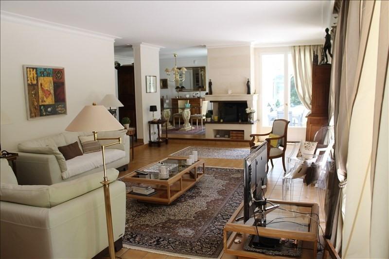 Revenda residencial de prestígio casa Louveciennes 1227000€ - Fotografia 4