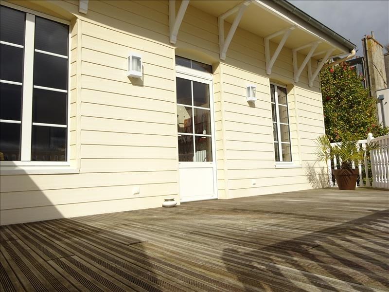 Deluxe sale house / villa Brest 610000€ - Picture 7