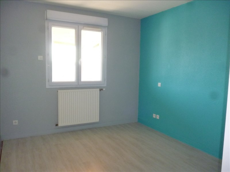 Rental apartment Le coteau 605€ CC - Picture 2