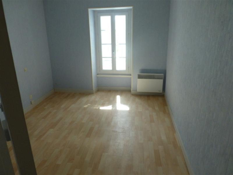 Rental house / villa La benâte 580€ CC - Picture 5
