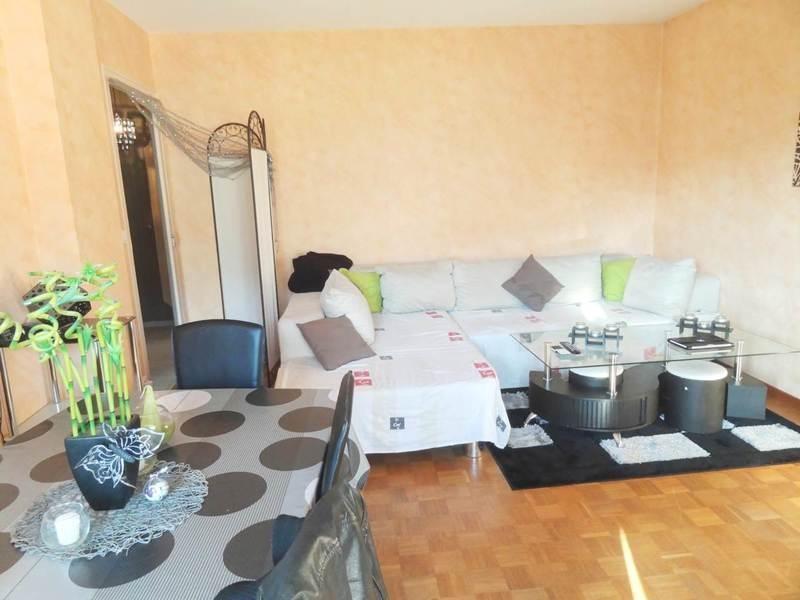 Sale apartment Gaillard 165000€ - Picture 2